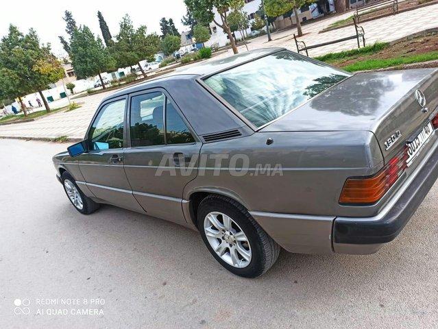 Mercedes-Benz 190 - 5