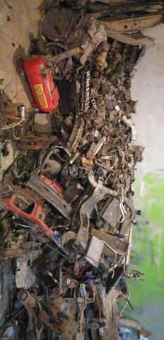 خردة السيارات - 2