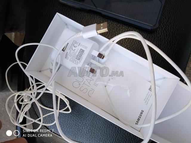 Samsung A7 2018 neuf  - 4
