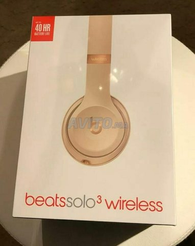 Beats Solo 3 Wireless Headphones Rose Gold  - 1