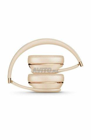 Beats Solo 3 Wireless Headphones Rose Gold  - 3