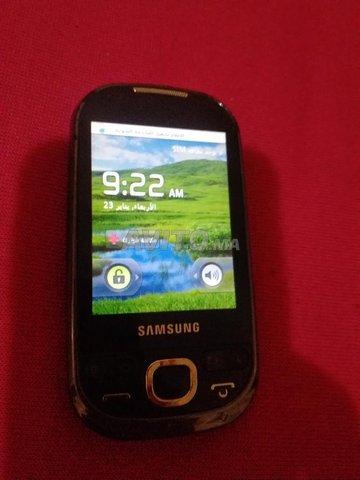 Samsung GT-I5503 - 1