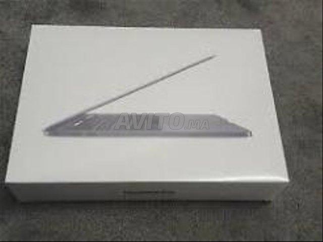 Apple MacBook Pro  Touch Bar 512 Go SSD 16 Go RAM  - 1