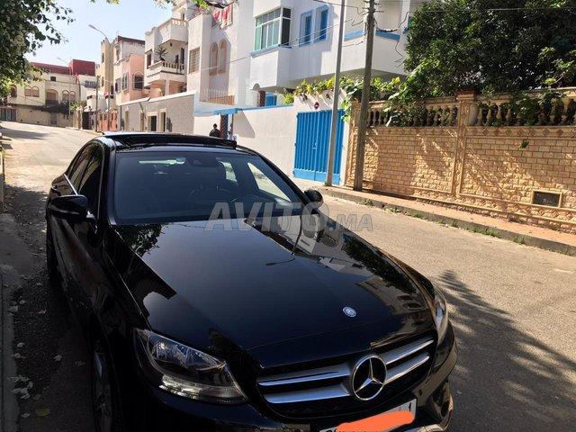 Voiture Mercedes benz 220 2014 au Maroc  Diesel  - 8 chevaux