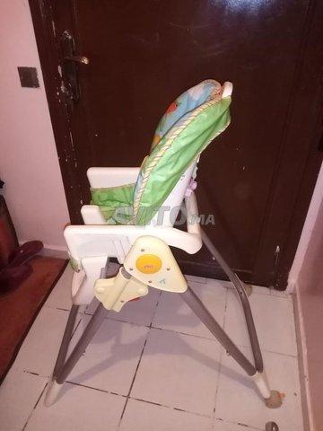 chaise haute pour bébé  - 2