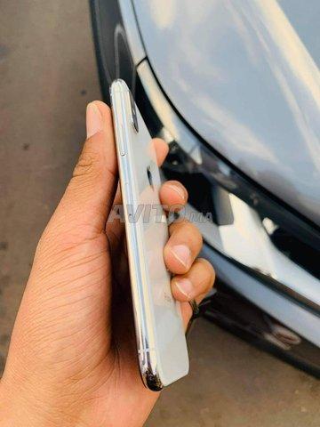 iPhone X 64Gb blanc - 4