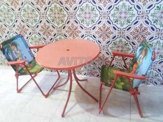 table et chaise pour bébé  - 2