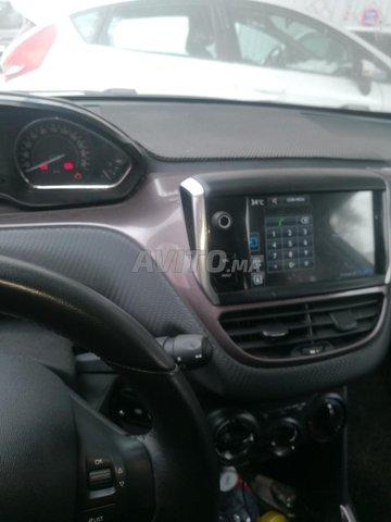 Peugeot 2008 - 5
