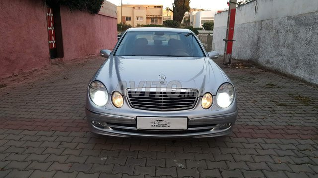 Voiture Mercedes benz Classe e 2011 au Maroc  Diesel  - 11 chevaux