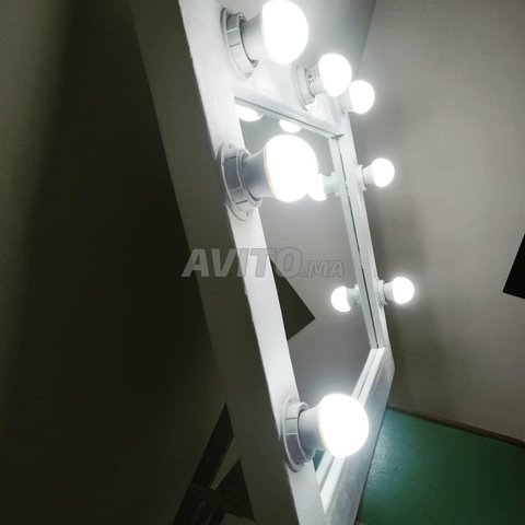miroir de maquillage (Hollywood mirror) - 3