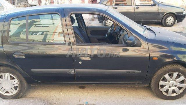 Voiture Renault Clio 1997 au Maroc  Diesel  - 7 chevaux
