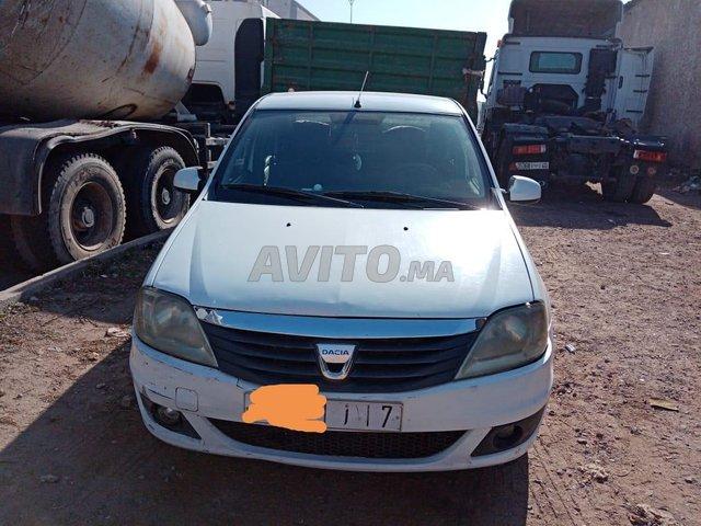 Voiture Dacia Logan 2009 au Maroc  Diesel  - 7 chevaux
