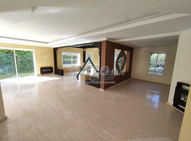 villa à louer sur Hay Riad - 2