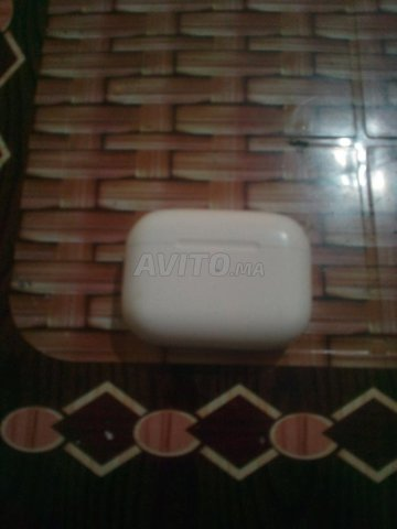airpods pro - 1