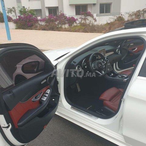 Voiture Mercedes benz 220 2020 au Maroc  Diesel  - 8 chevaux
