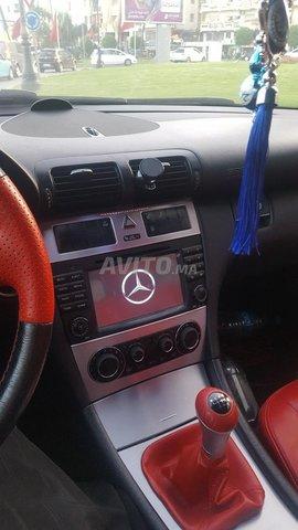 Voiture Mercedes benz 220 2005 au Maroc  Diesel