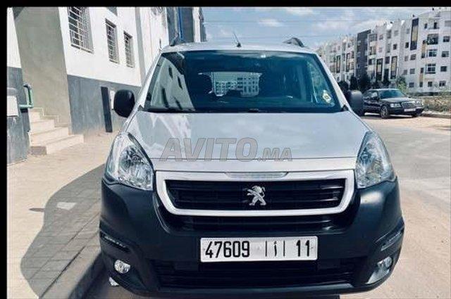 Voiture Peugeot Partner 2016 au Maroc  Diesel  - 10 chevaux