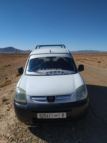 Voiture Peugeot Partner 2011 au Maroc  Diesel  - 7 chevaux