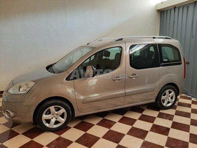 Voiture Peugeot Partner 2012 au Maroc  Diesel  - 6 chevaux