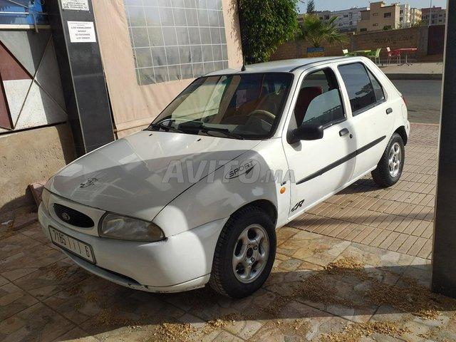 Voiture Ford Fiesta 1997 au Maroc  Diesel  - 6 chevaux