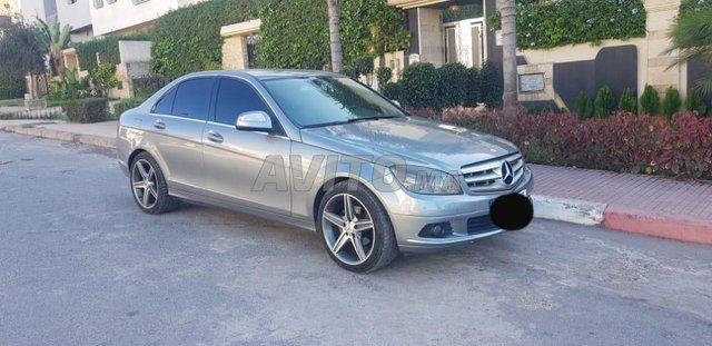 Voiture Mercedes benz 220 2007 au Maroc  Diesel  - 9 chevaux