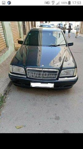 Voiture Mercedes benz 220 1997 au Maroc  Diesel