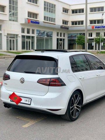 Voiture Volkswagen Golf 7 2014 au Maroc  Diesel  - 8 chevaux