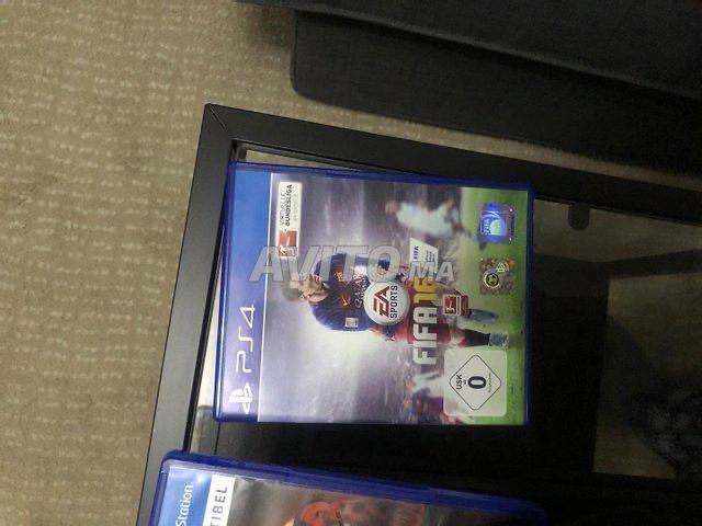 PS4 PlayStation 4  - 5