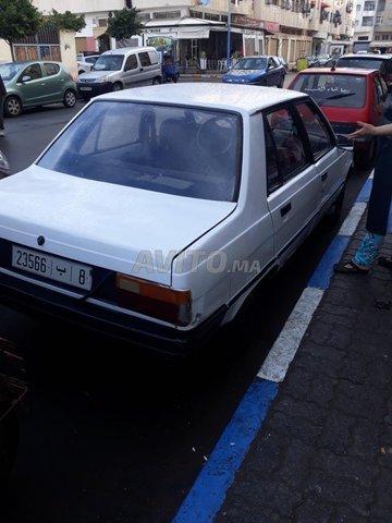 Voiture Renault R9 1985 au Maroc  Essence  - 6 chevaux