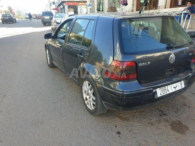 Voiture Volkswagen Golf 4 2004 au Maroc  Diesel  - 8 chevaux
