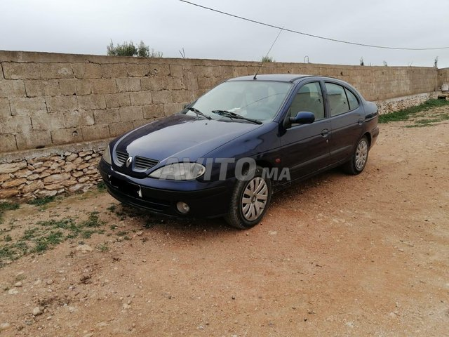 Voiture Renault Megane 2002 au Maroc  Diesel  - 7 chevaux