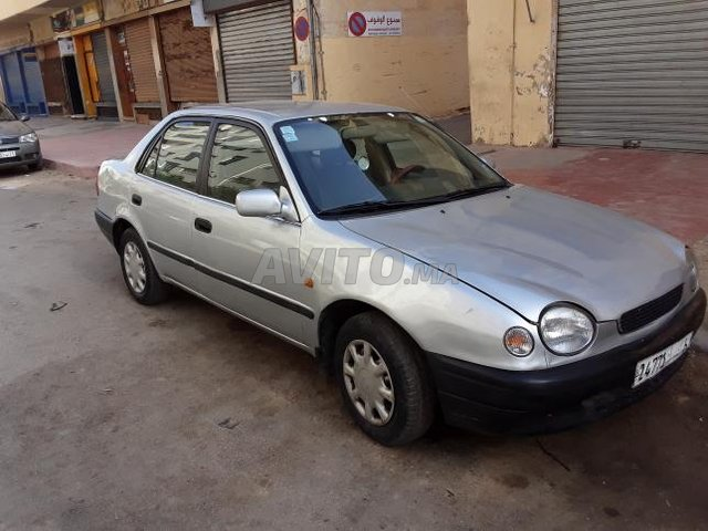 Voiture Toyota Corolla 1999 au Maroc  Essence  - 7 chevaux
