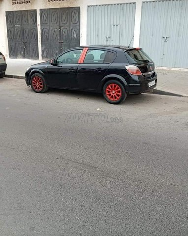 Voiture Opel Astra 2005 au Maroc  Essence  - 8 chevaux