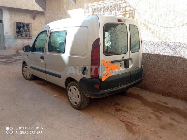 Voiture Renault Kangoo 2000 au Maroc  Diesel  - 7 chevaux