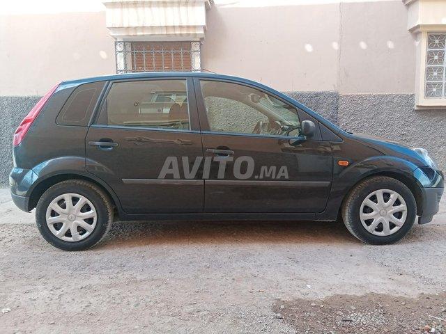 Voiture Ford Fiesta 2008 au Maroc  Essence  - 7 chevaux