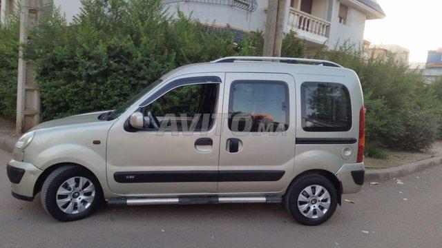 Voiture Renault Kangoo 2004 au Maroc  Diesel  - 7 chevaux
