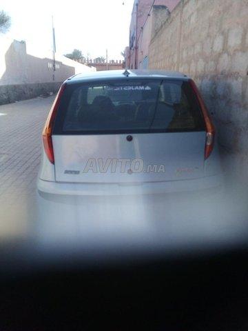 Voiture Fiat Punto 2000 au Maroc  Diesel