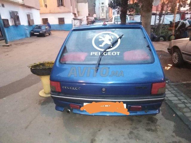 Voiture Peugeot 205 1991 au Maroc  Essence