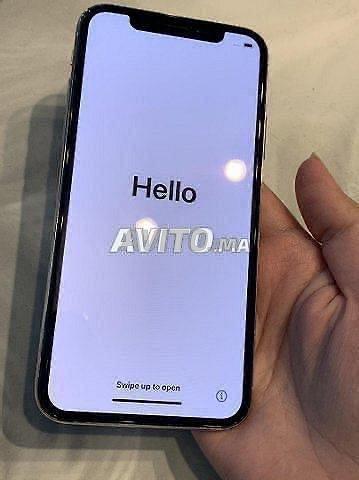 iPhone X 256 go - 3