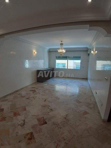 Jolie Appartement en Location à 2 mars - 5