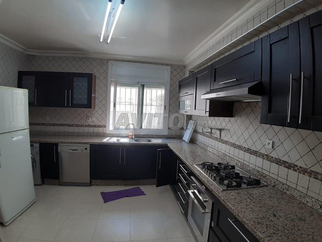 Jolie Appartement en Location à 2 mars - 4