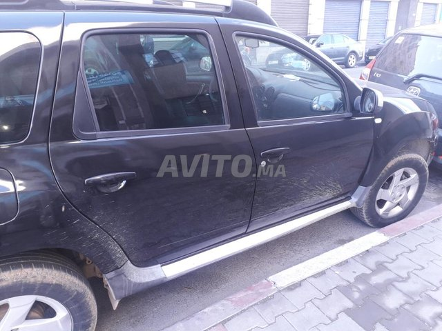 Voiture Dacia Duster 2011 au Maroc  Diesel  - 7 chevaux