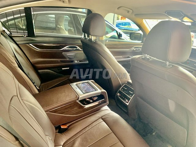 BMW SÉRIE 7 - 3