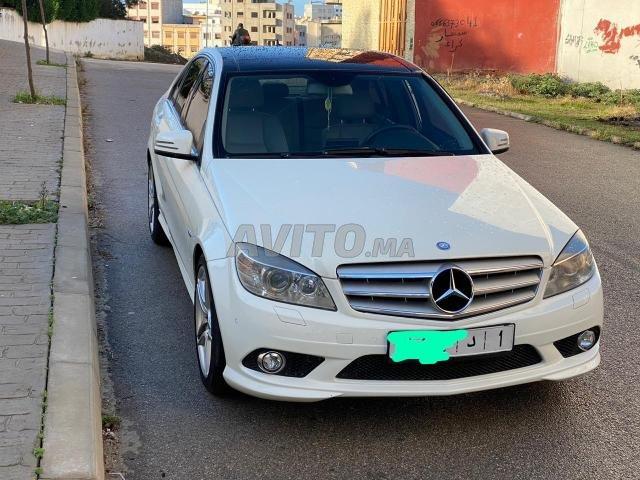 Voiture Mercedes benz 220 2008 au Maroc  Diesel  - 8 chevaux