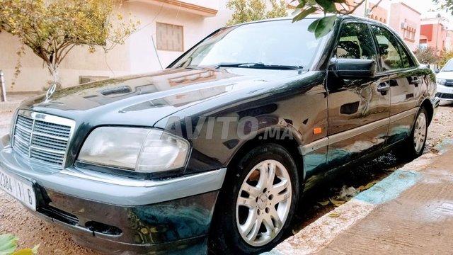 Voiture Mercedes benz R250 1995 au Maroc  Diesel  - 8 chevaux