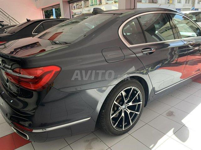 BMW SÉRIE 7 - 7