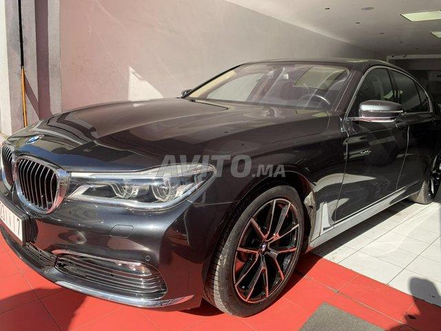 BMW SÉRIE 7 - 6