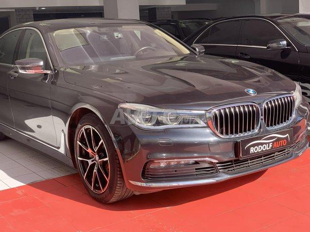 BMW SÉRIE 7 - 1