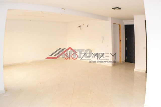 Bureau de 47 m2 en location à mimosas - 2