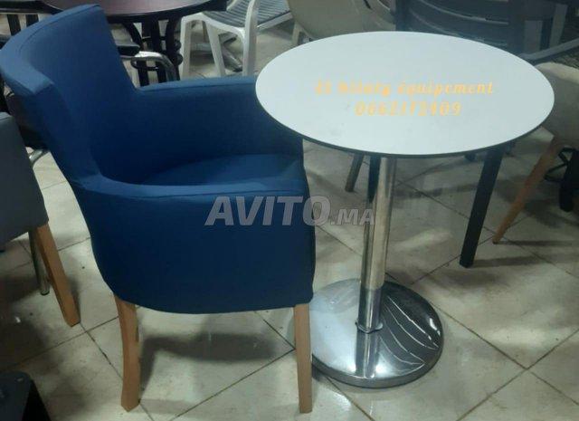 Chaise et table café - 5